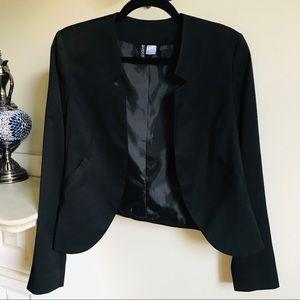 Tailored Collarless Sleek Cropped Blazer Jacket